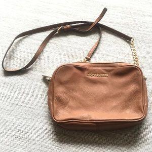 Michael Kors Jet Set crossbody handbag